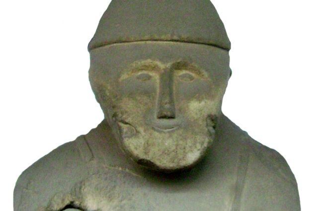 Не все каменные бабы имеют четко прописанные черты лица.