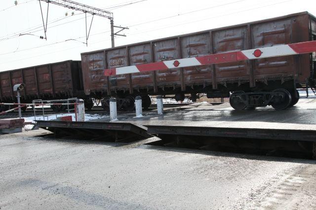 Злоумышленник забрался в вагон на станции.