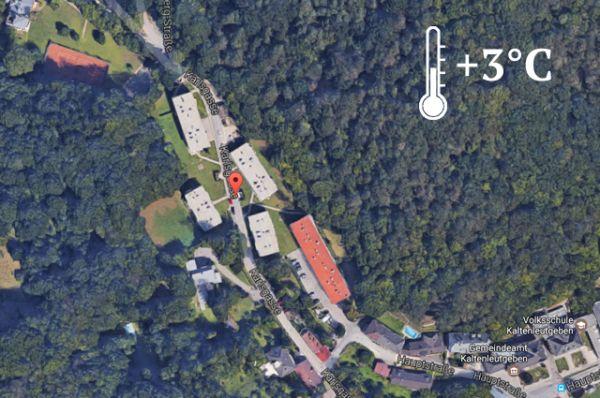 Еще один участок родной земли за рубежом находится в Австрии. Это 91 728 квадратных метров земли в городе Кальтенлойтгебен на Карлштрассе, где расположены два дачных корпуса, гараж, теннисный корт, открытый бассейн и даже сауна.