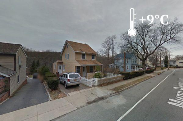 Россия владеет 63 000 квадратных метров американской почвы. На картах Google этот адрес выглядит как небольшой участок со скромным домиком и припаркованным авто перед ним.