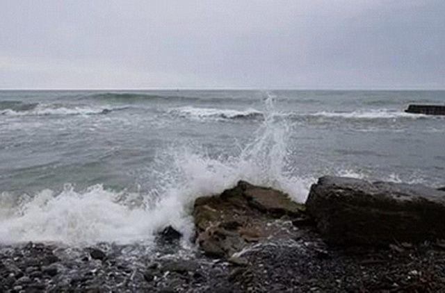 Камчатское судно выбросило накамни укурильского острова Шумшу