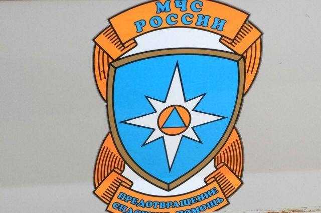 Cотрудники экстренных служб МЧС РФ устранили последствия ДТП вРязанской области