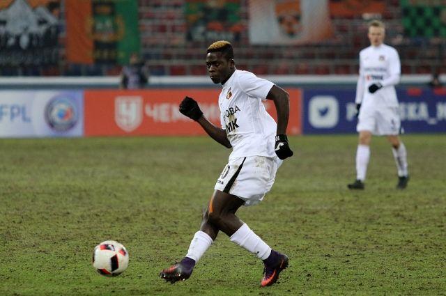 Болельщики признали африканца Чисамбу Лунгу лучшим игроком «Урала» кконцу осени