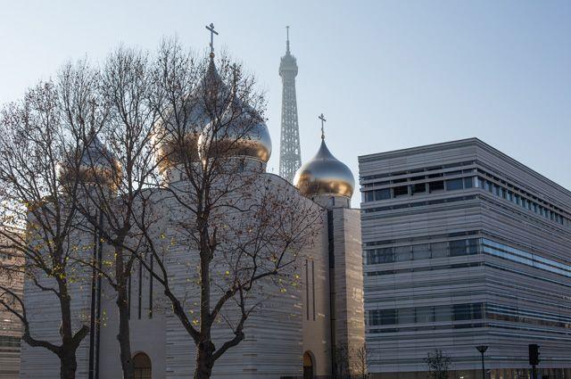 Что Патриарх Кирилл делал в Париже?