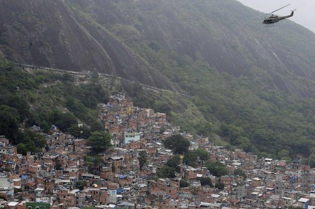 Втрущобах Рио-де-Жанейро убили 52-летнего туриста изИталии