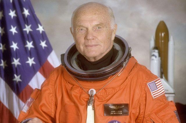 Умер первый американский астронавт Джон Гленн