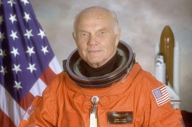 Американский астронавт Джон Гленн. Досье