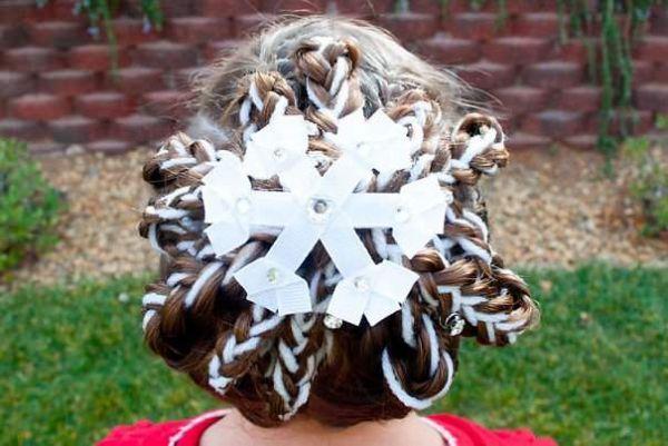 Отличный вариант со снежинкой