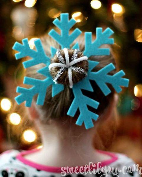 Еще один вариант со снежинкой, но в этот раз уже с закрученной дулькой