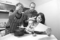 Почему многодетным  подняли плату за детсад? Лишились статуса!