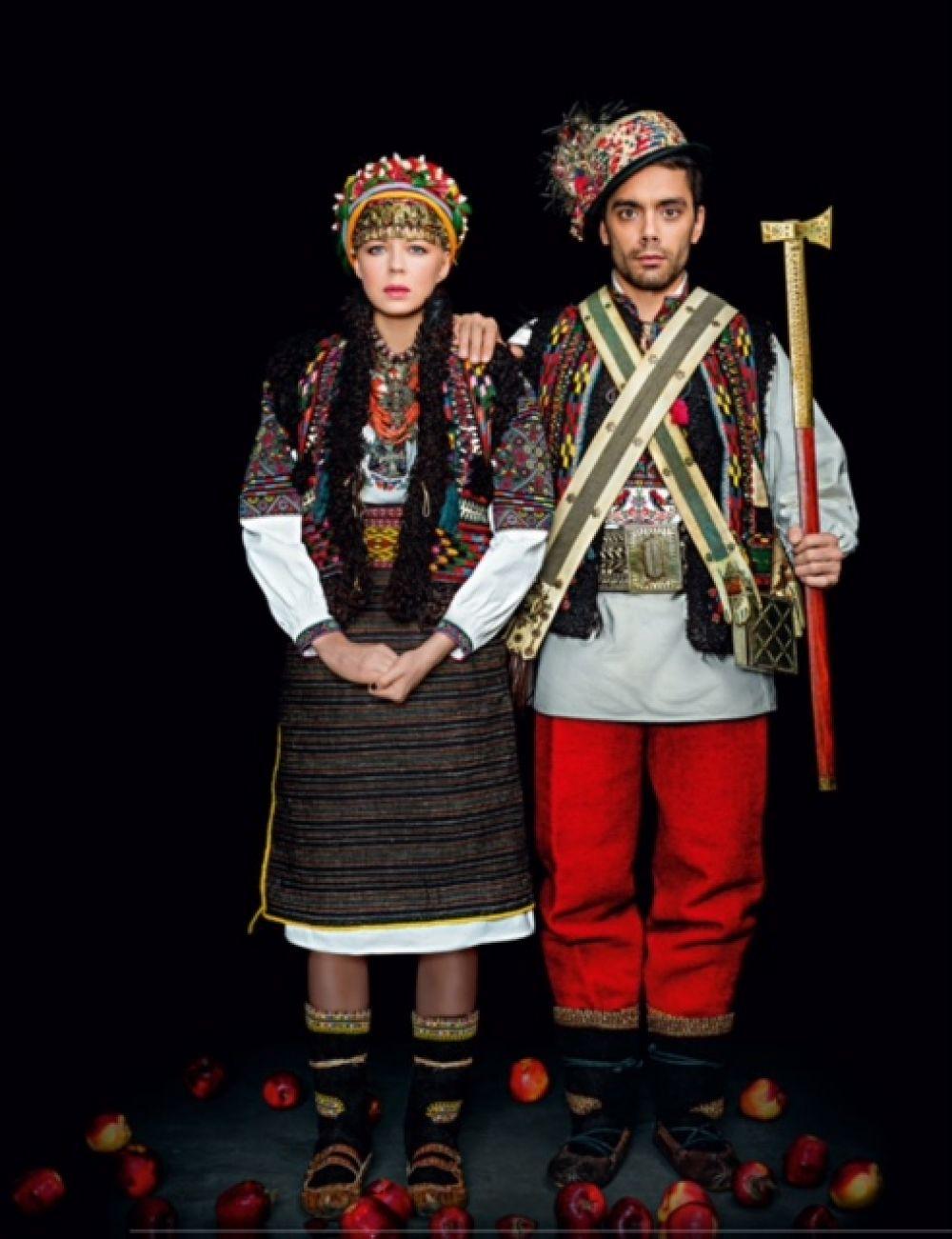 Onuka и The Maneken в таких нарядах уж сильно похожи на настоящих гуцулов