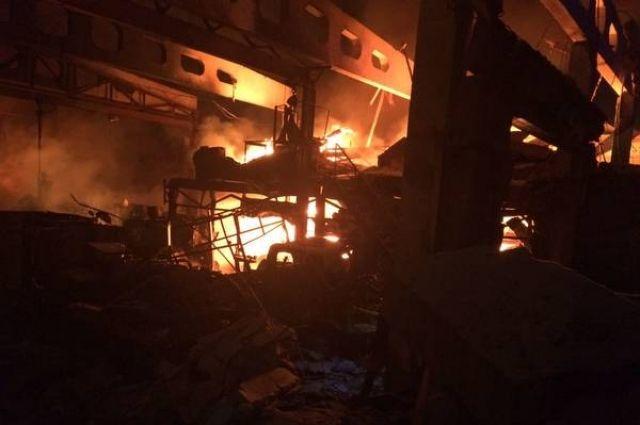 Пожар начался в 4.55 утра 11 декабря.