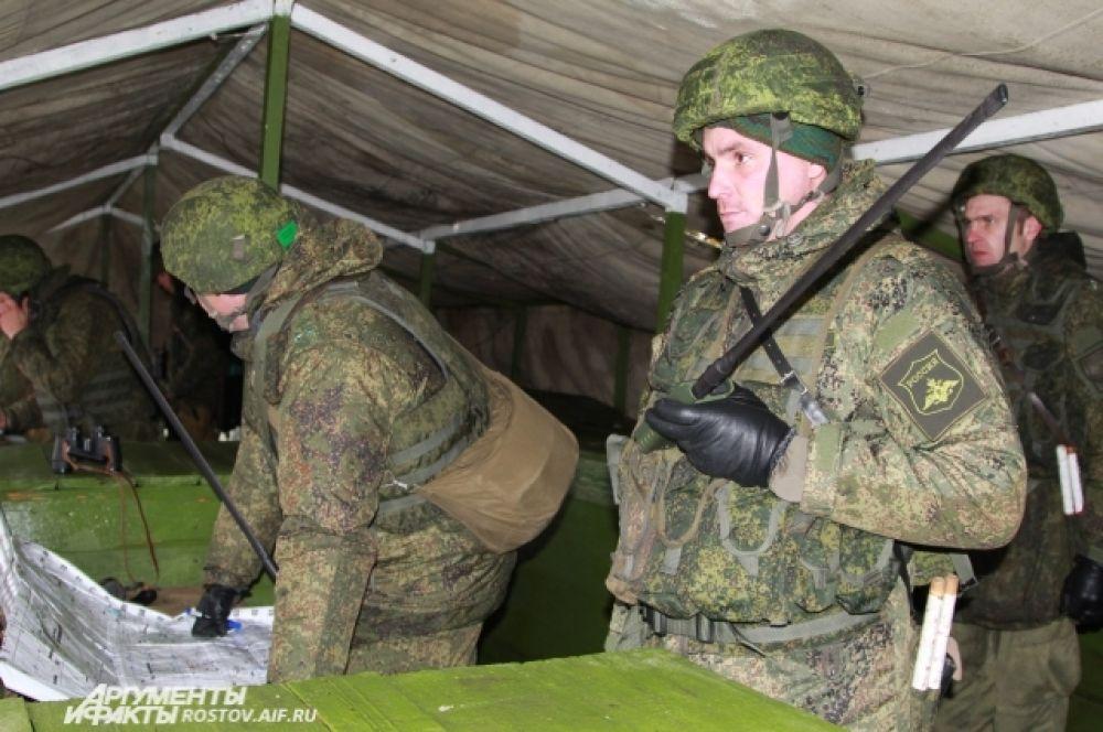 Военная дивизия в Ростовской области возникла по приказу главнокомандующего страны Владимира Путина для прикрытия южных рубежей Российской Федерации.