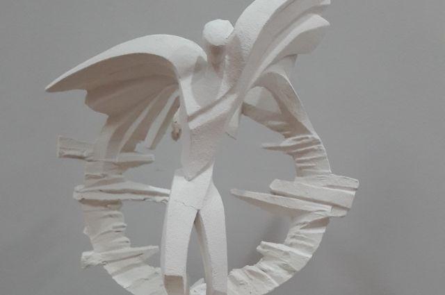 Конкурс налучший эскиз монумента народному поэту Фазу Алиевой объявлен вДагестане