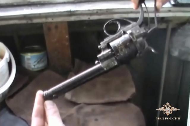Полицейские изъяли более 20 наименований оружия времен Гражданской войны.