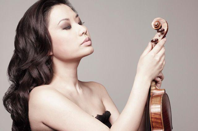Ведущая скрипка США Сара Чанг.