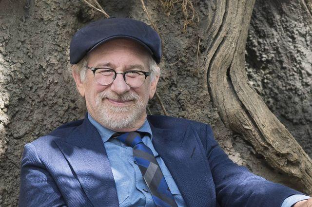 Американский кинорежиссер ипродюсер Стивен Спилберг отмечает 70-летие