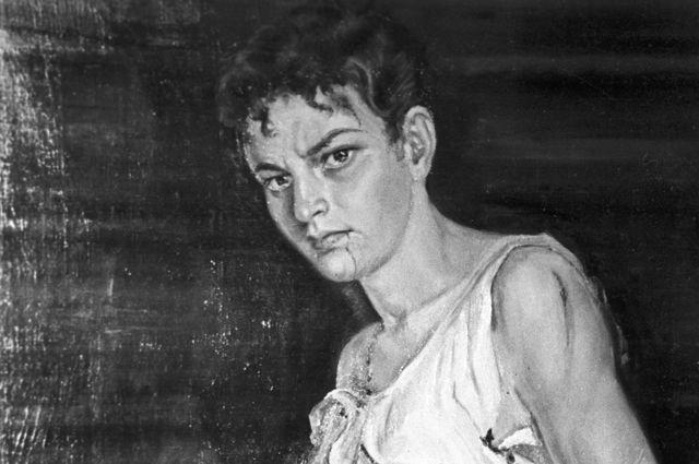 Портрет Зои Космодемьянской, присланный в дар музею Красной Армии художницей Таисой Жаспар из Шанхая (КНР).