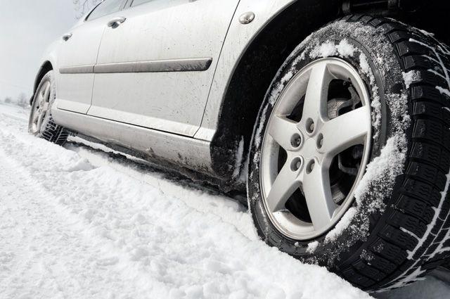 Государственная дума примет закон оштрафе заотсутствие зимней резины
