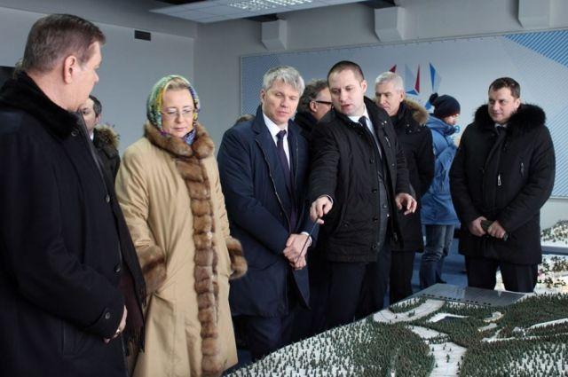 ВКрасноярске министр Колобков осмотрел объекты Универсиады