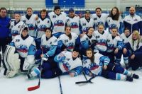 В Новосибирске в хоккей играют не только мужчины