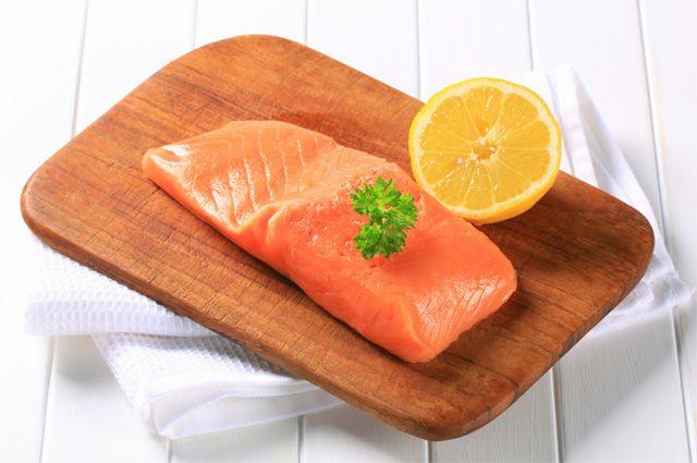 можно ли есть красную рыбу после отравления