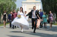 Летом свадеб больше, чем зимой.