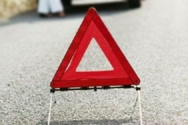 ВЧереповецком районе легковушка «Рено» столкнулась с грузовым автомобилем