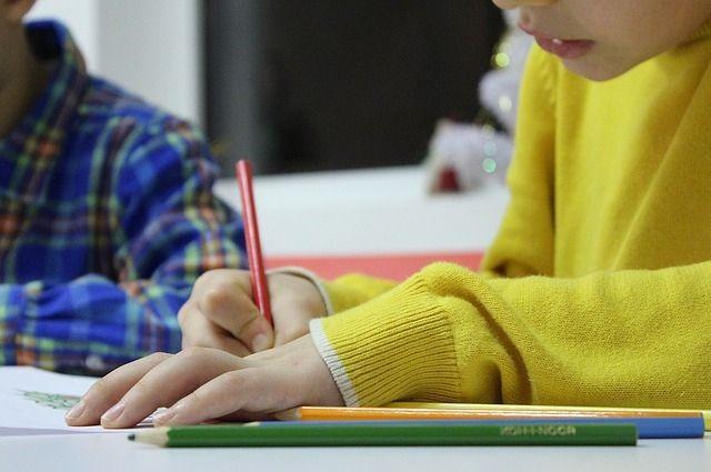 Родители должны следить за температурой в школах во время морозов.