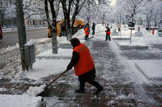 Заночь сулиц Ростова вывезли практически 4 тысячи тонн снега