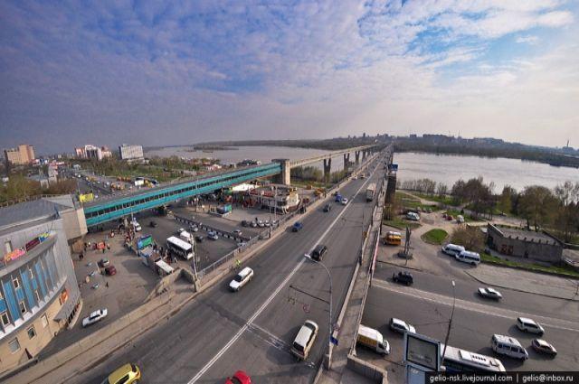 Октябрьский мост стал местом трагедии
