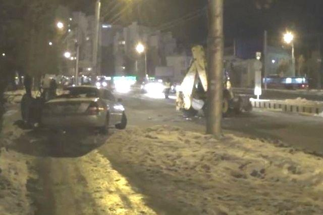 Место смертельного ДТП в Иркутске.