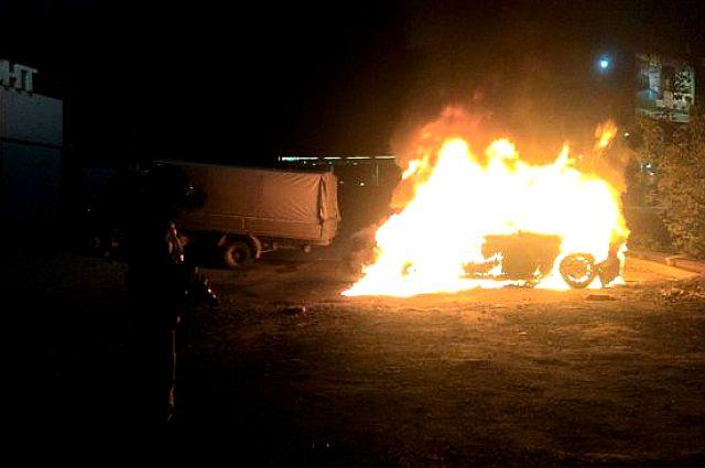 Вколлекторе наКутякова сгорели двое мужчин