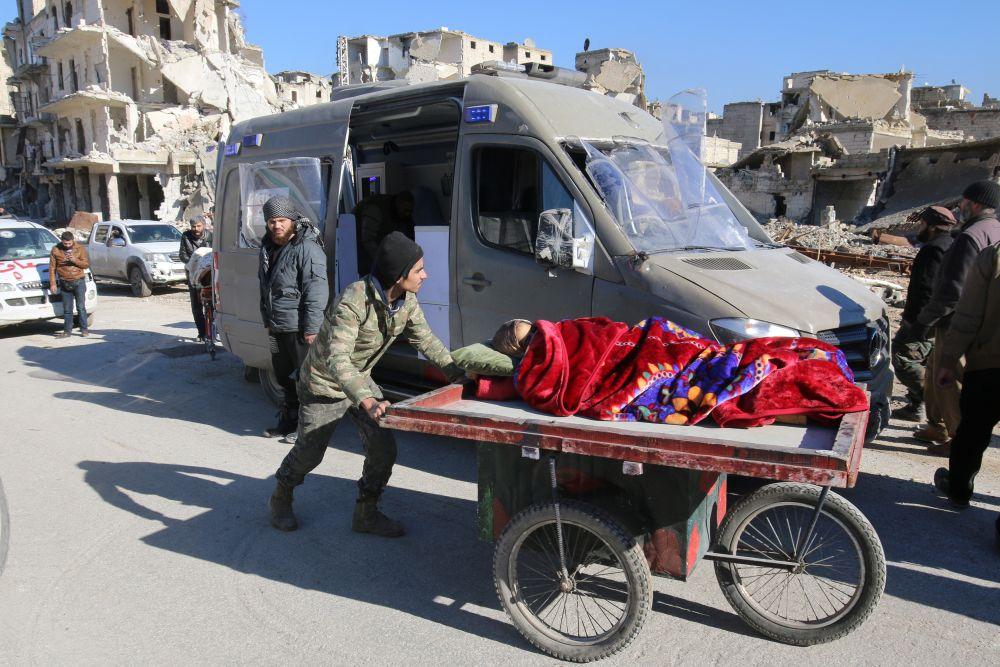 Вывоз боевиков, их семей и раненых из восточного Алеппо непрерывно шел больше суток.