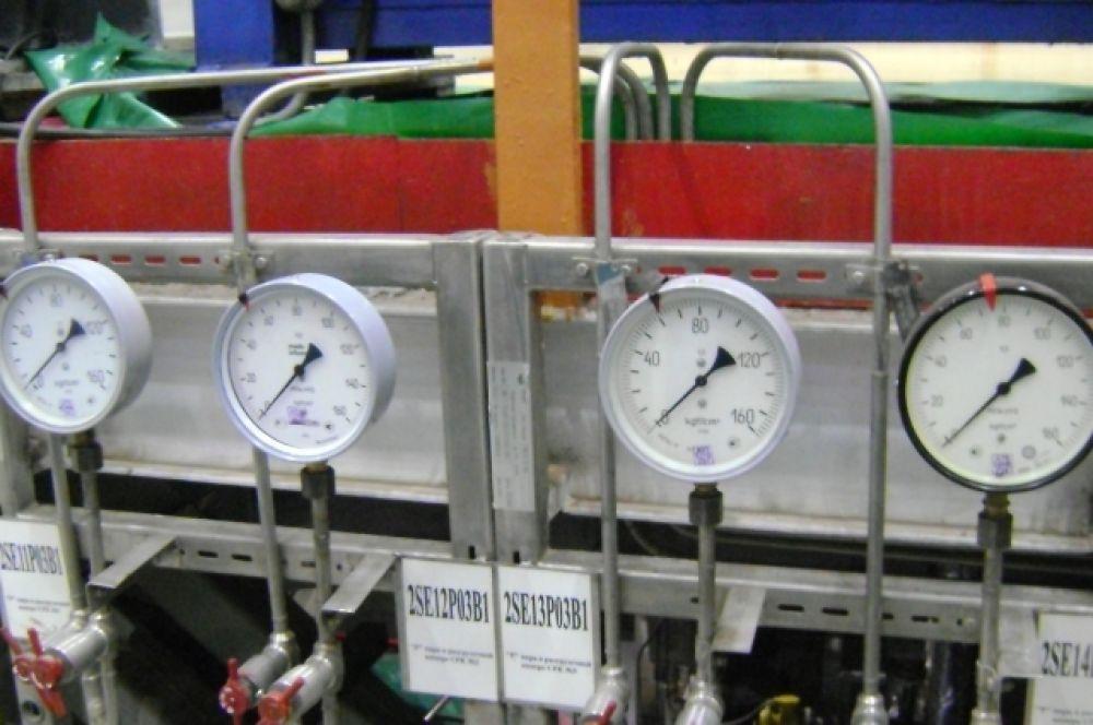 В машинном зале блока – относительная тишина и привычная температура воздуха, все приборы – на «нуле».