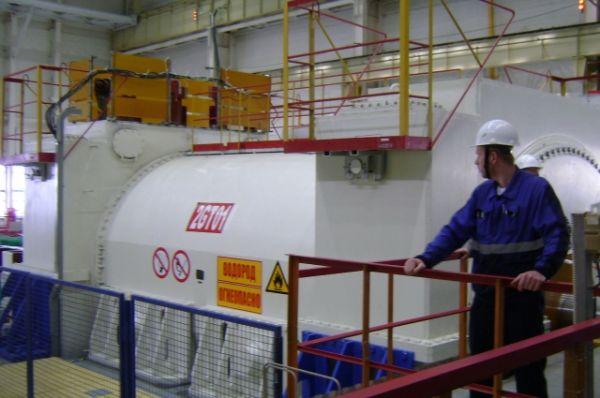 Теперь, благодаря использованию топлива лучшего качества, модернизации оборудования и использованию наработок коллективов других АЭС, время эксплуатации энергоблока увеличено до 18 месяцев.