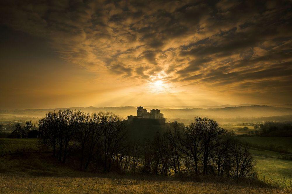 Замок Торрекьяра, который находится на холмах Эмилии-Романии в Италии занял четвертое место