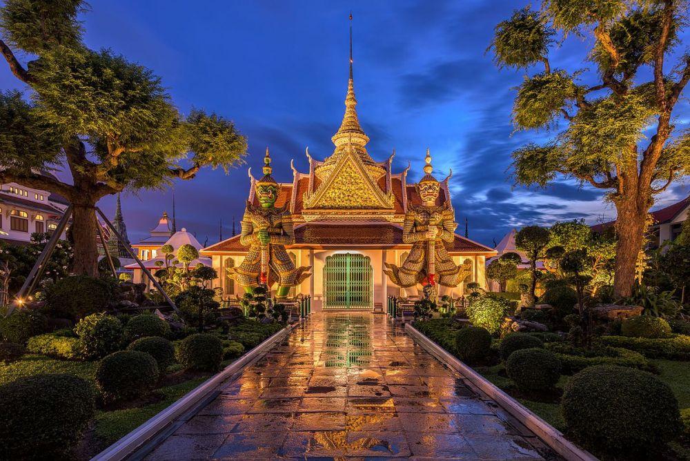 Буддийский храм в Таиланде с названием Ват Арун расположился на пятой позиции