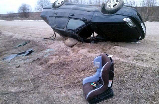 ВЧелябинске «ВАЗ-2114» врезался вHondа, пострадал ребёнок