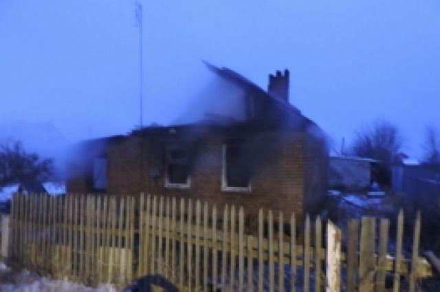Три человека погибли напожаре вВолгодонском районе