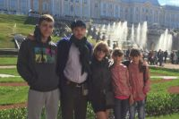 Екатерина Перепелюк с детьми готовится к новоселью.