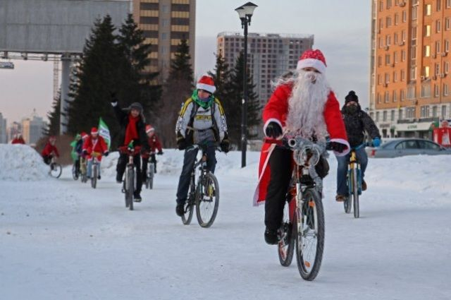 Переодетые жители города проедут по Новосибирску уже в третий раз