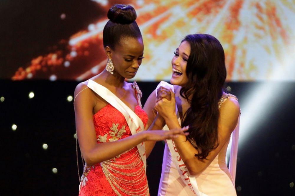 Участницы из Кении и США.