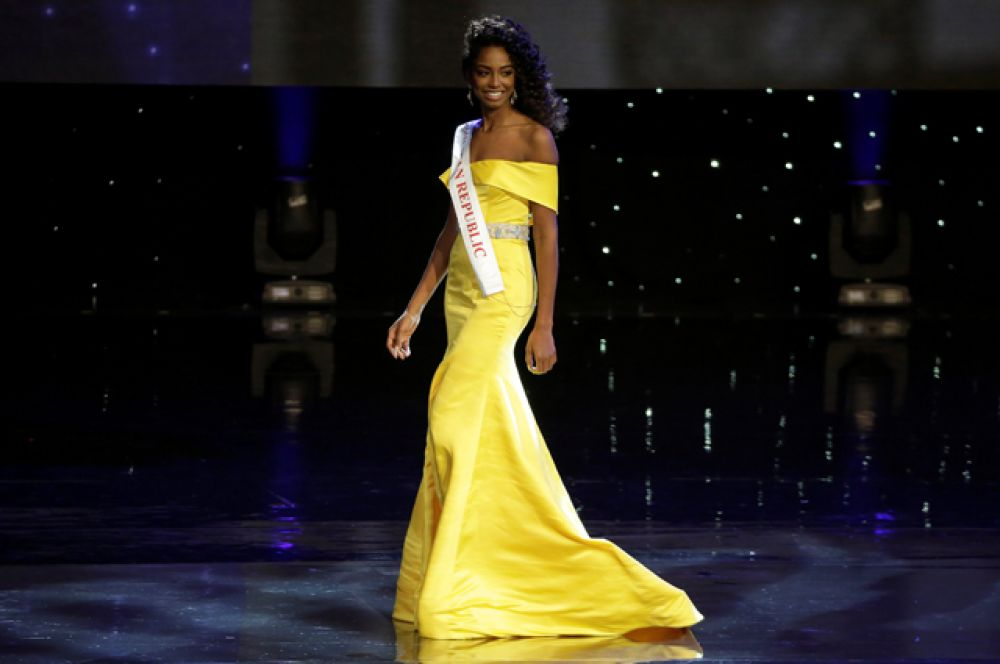 Первой вице-Мисс стала красавица из Доминиканской Республики.