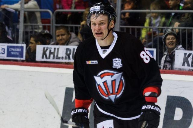 Хоккейный клуб «Трактор» расторг договор снападающим Панковым