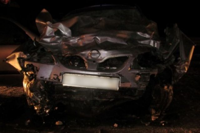 ВАЗ врезался в«Ниссан», шофёр ипассажир погибли— ДТП под Оренбургом