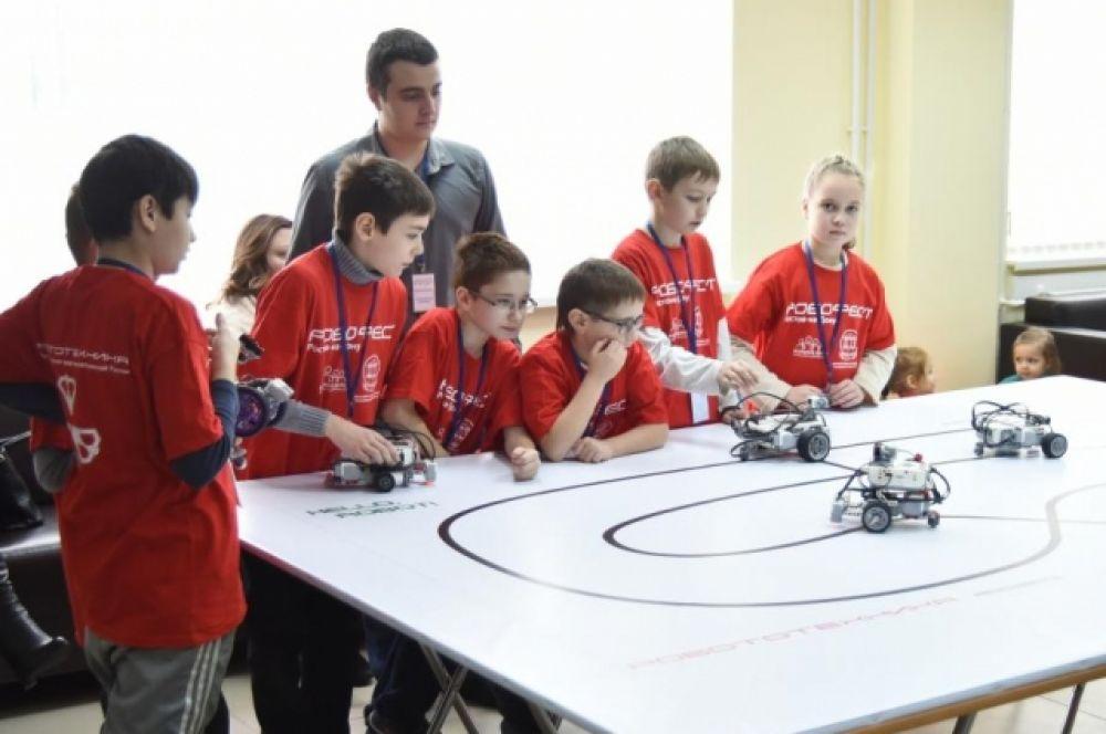 В Донском государственном техническом университете состоялся ежегодный фестиваль «Робофест – Ростов-на-Дону».