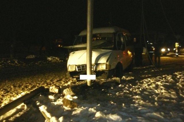 НаСтаврополье трое пассажиров маршрутки пострадали вДТП