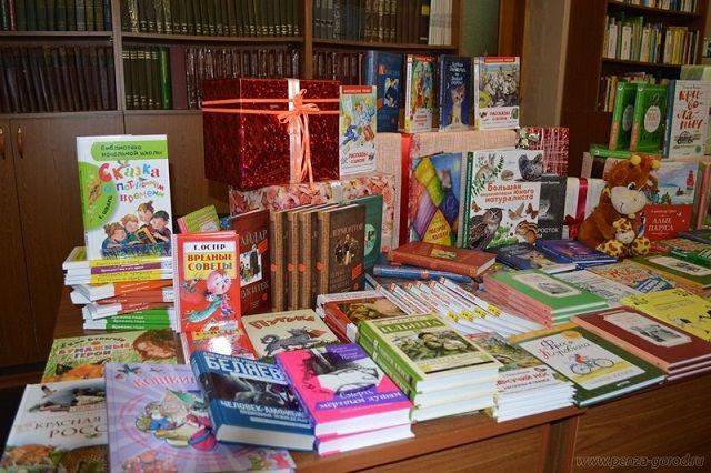 Значительная часть приобретенных книг – это собрания хрестоматийных произведений для школьников младших и средних классов.