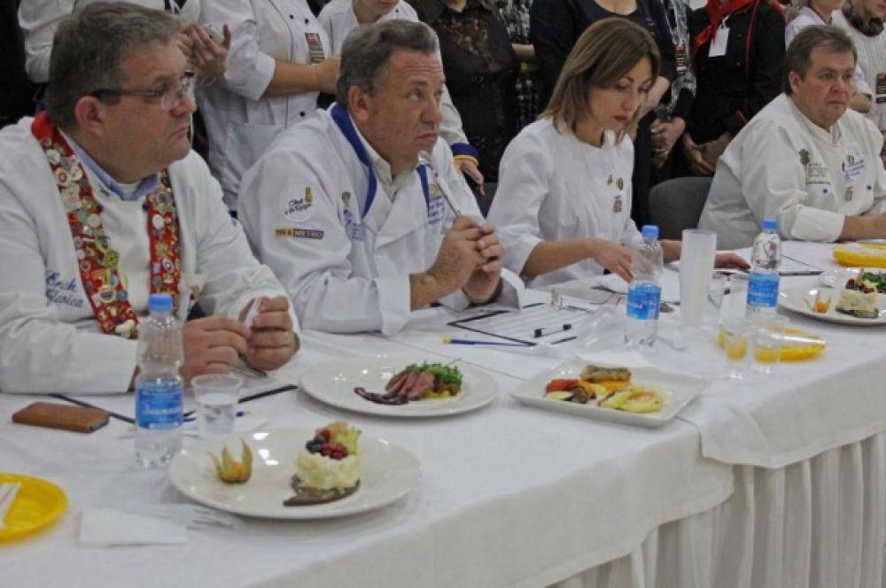 Самых достойных кулинаров Дона выбирал лучший повар Хорватии, президент ассоциации кулинаров Хорватии – Эрих Главитца.